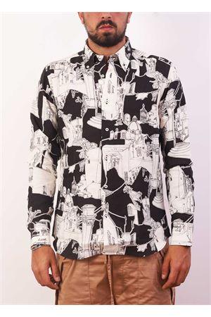 Camicia da uomo con fantasia architettura di Capri su sfondo nero Eco Capri | 6 | CMCMANCAPRI