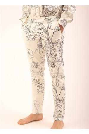 Pantaloni da uomo sartoriali con fantasia fiori Eco Capri | 9 | MPNFLWMRFLOWERSMASHMALLOW