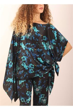 Pure silk tunic with flowers pattern  Capri Chic | 5032233 | TUNICASETAFIORI