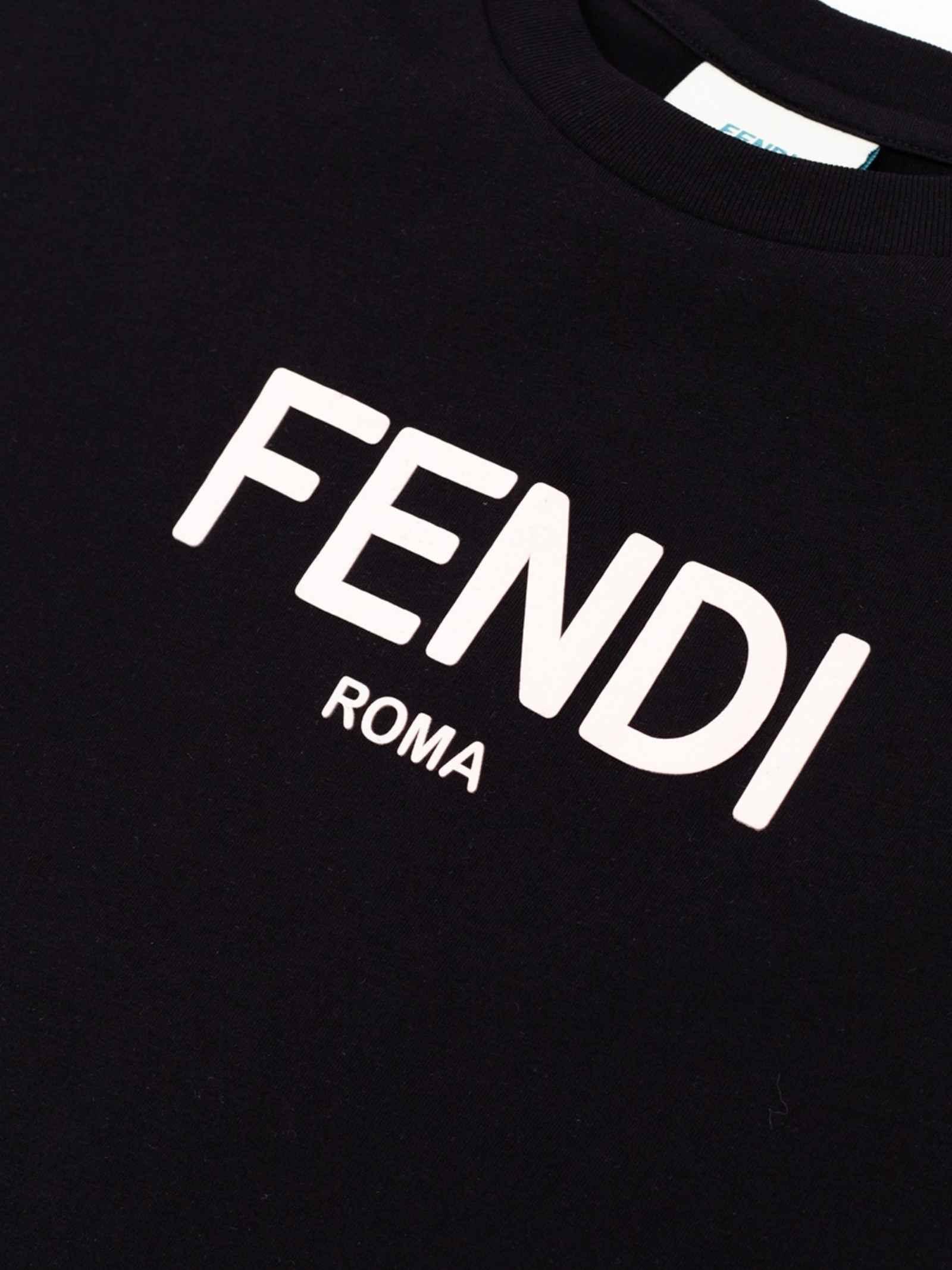 Fendi   Maxi t-shirt   JFI225 AEXLF0GME