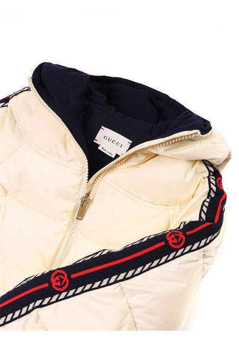 giubbino panna con strisce logate sulle maniche Gucci | Giubbino | 622832 XWAK79303
