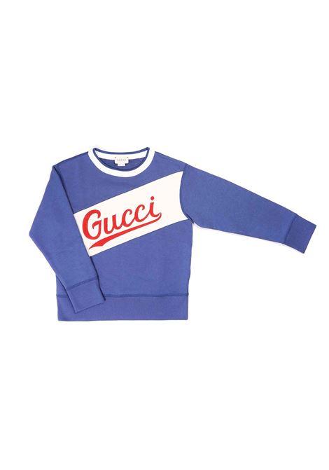 felpa fondo blu con scritta Gucci | Felpa | 626947 XJCOA4305