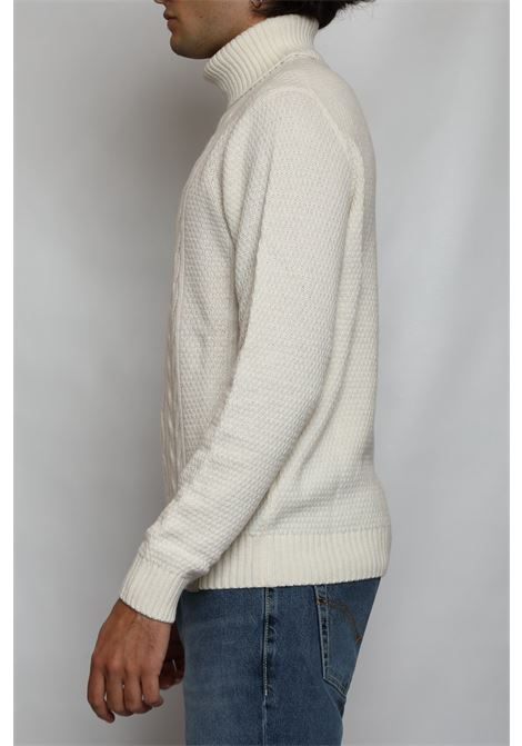 FISHERMAN TURTLENECK DETWELVE | Knitwear | F-60537001