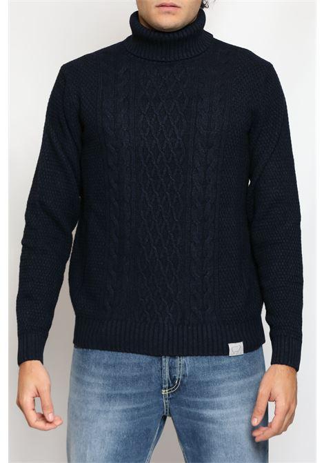 FISHERMAN TURTLENECK BLUE DETWELVE | Knitwear | F-60537814