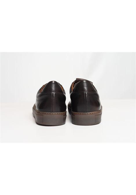 SNEAKER LOW TRIUMPH DOUCAL'S | Shoes | DU1796KOBEUF188RM00