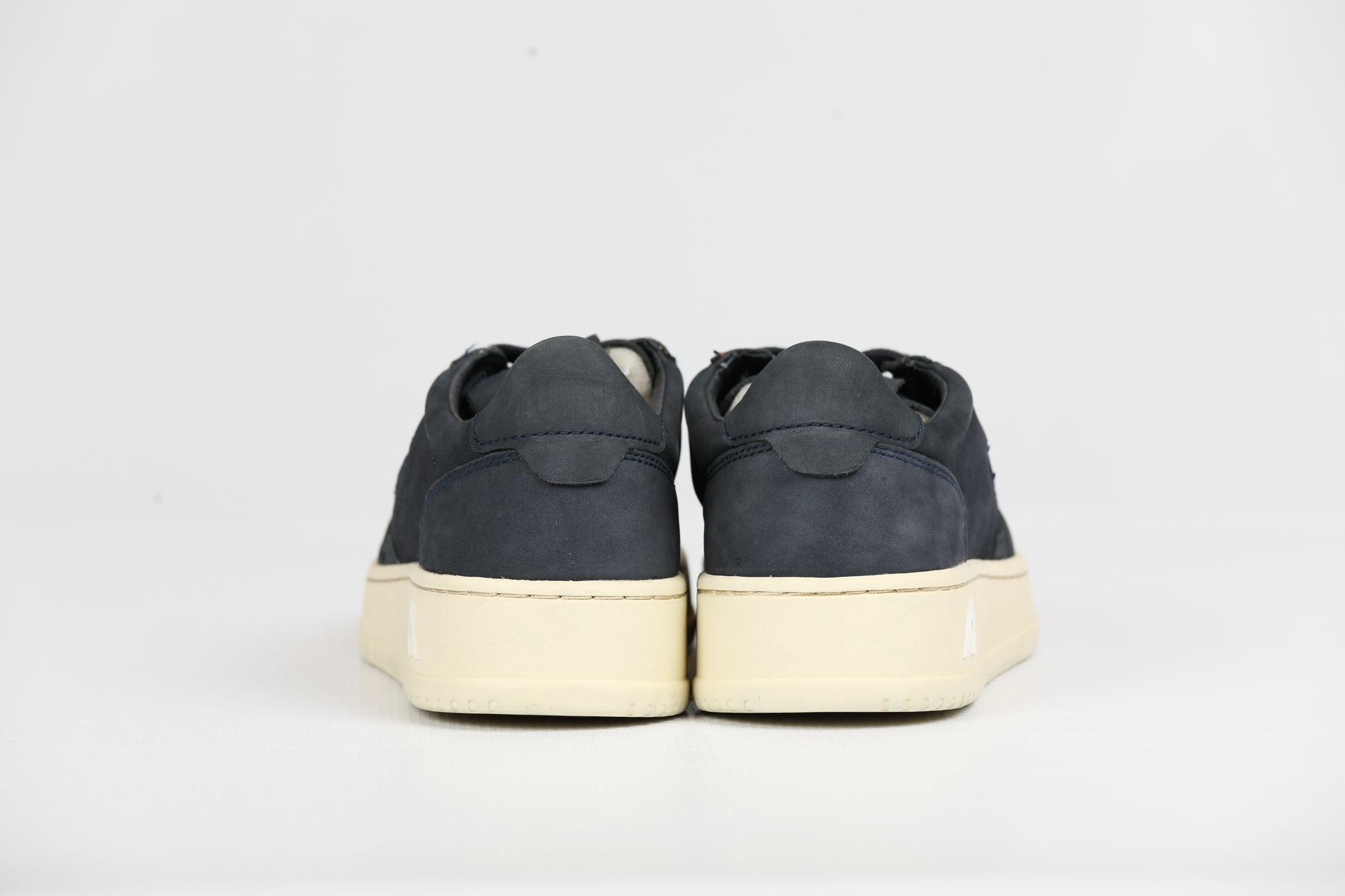 LOW MAN NABUK OCEAN AUTRY | Shoes | AULMNN08