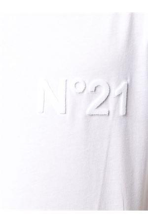 N°21 | 24 | F04263161101