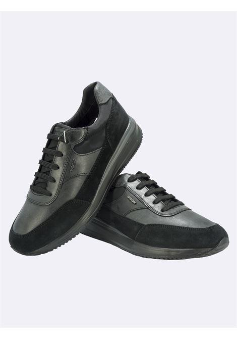 Sneakers Uomo in Pelle Nera GEOX | Sneakers | DENNIEU150GANEROC9999