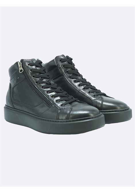 Sneakers Alte Uomo in Pelle Nera con Plantare Estraibile Nero Giardini | Stivaletti | I102221UNERO100