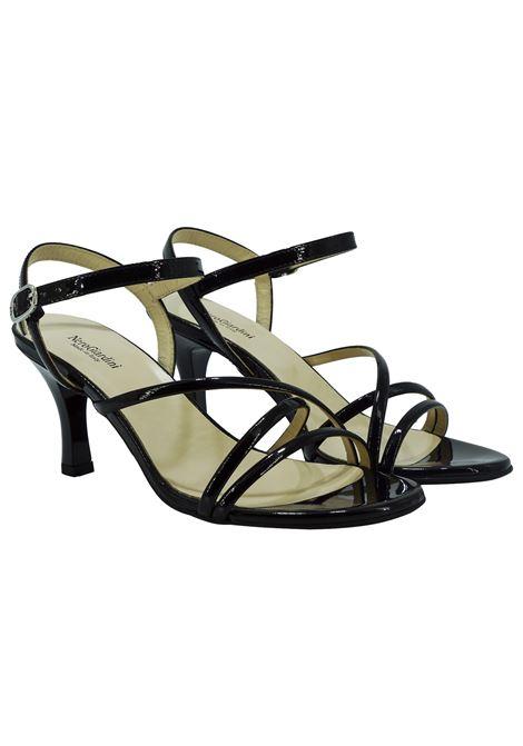 Sandali Donna in Vernice Nero Giardini Nero Giardini | Sandali | E116560DENERO100
