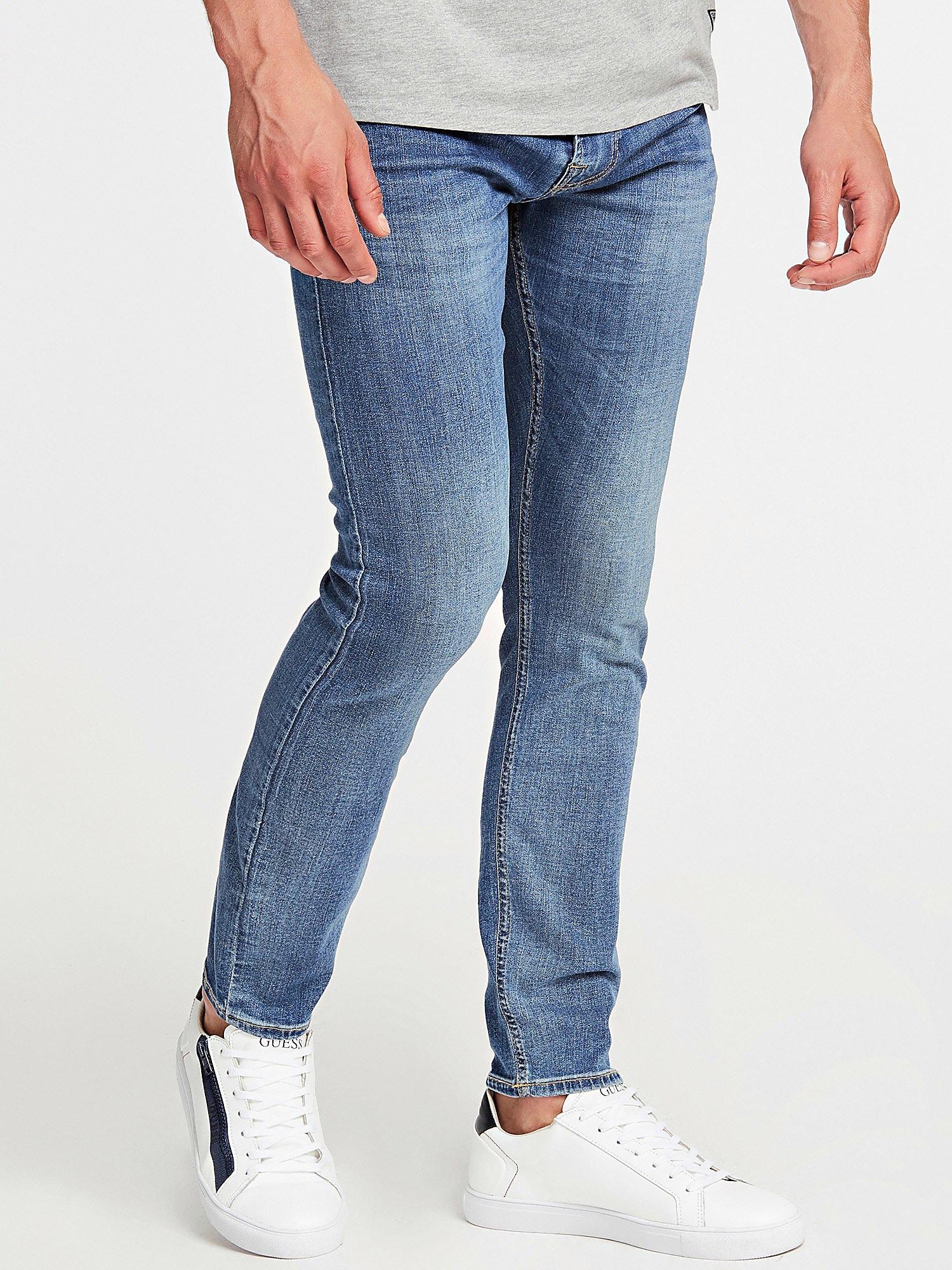 JEANS GUESS GUESS   Jeans   M01A27D3YD2TQUE