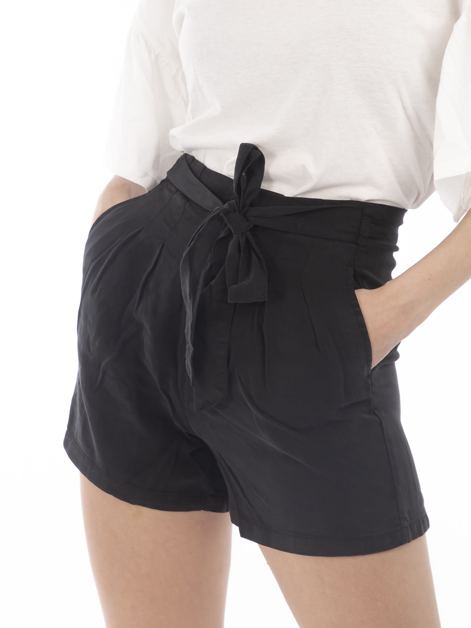 SHORT VERO MODA | Shorts | 10209543NERO