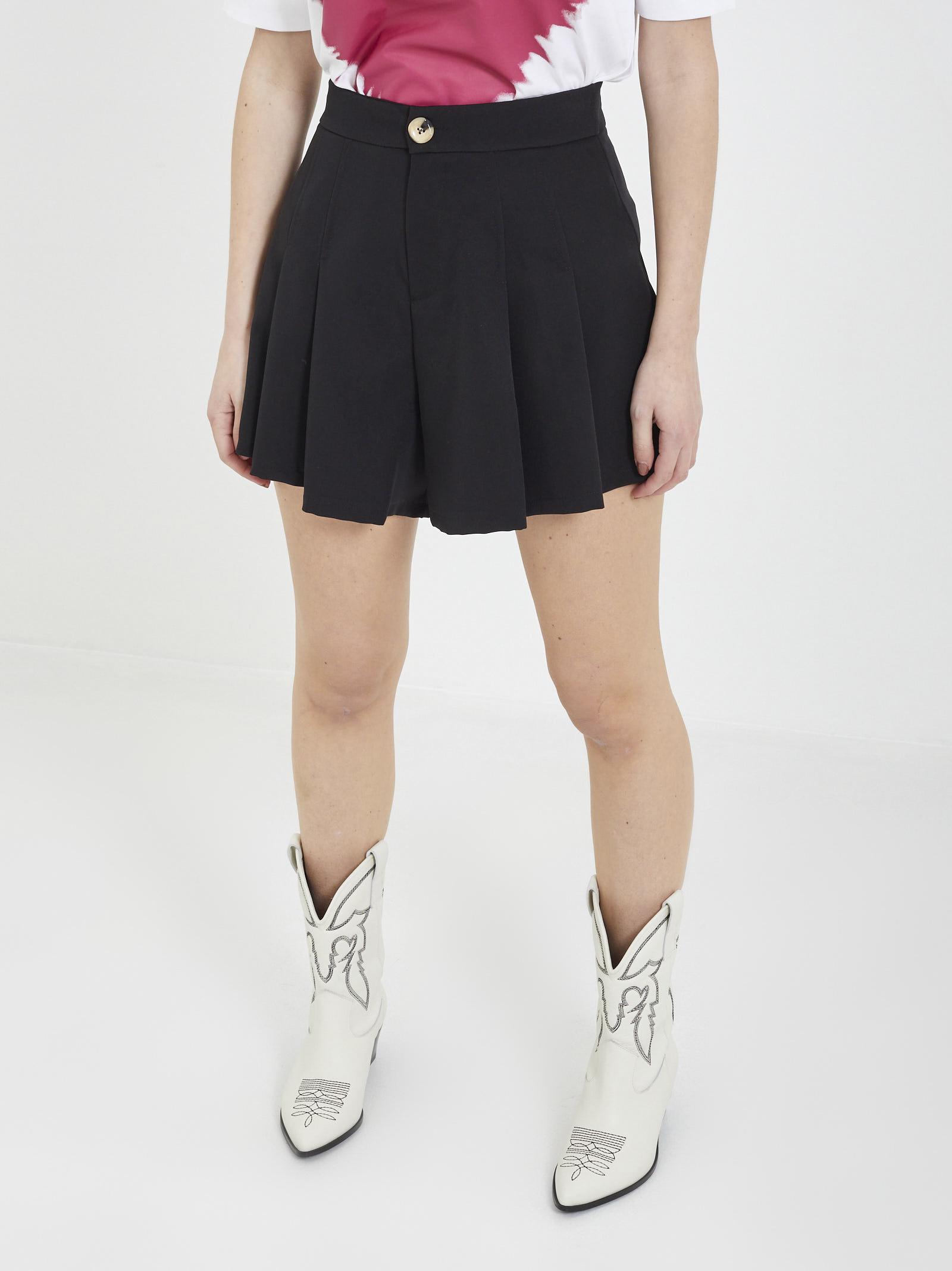 Short TPN | Shorts | SARITA TNERO