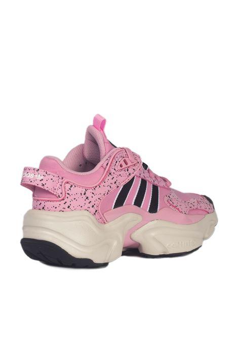 Adidas Magmur Runner w ADIDAS | Sneakers | EF9000ROSA