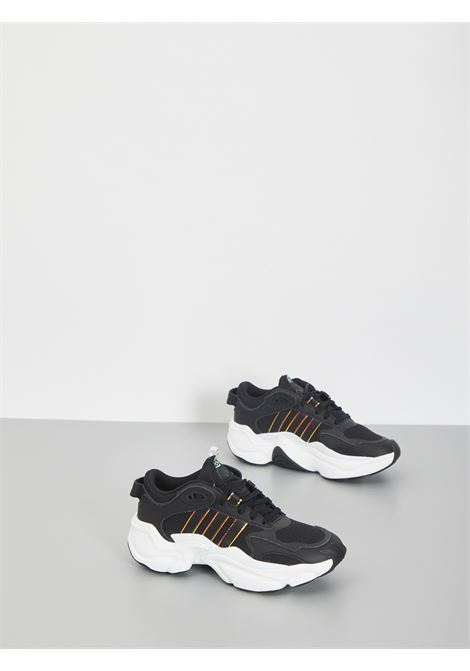 MAGMUR RUNNER ADIDAS | Sneakers | FV1161NERO