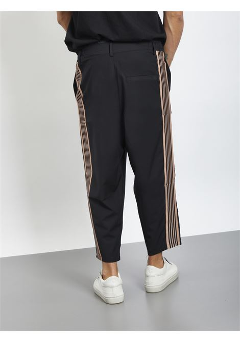 Pants con banda laterale BLACK CIRCUS | Pantaloni | PAU9001SNERO