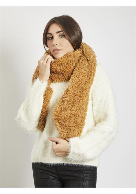 Teddy scarf VERO MODA | Scarf | 10234680CUOIO