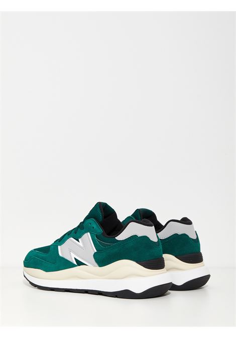 574 NEW BALANCE   Sneakers   M5740HR1VERDE