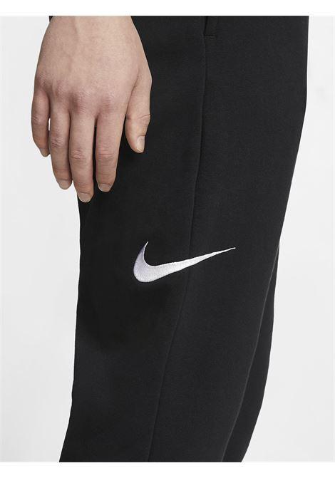 Sportswear swoosh NIKE | Pantaloni | CJ4880NERO