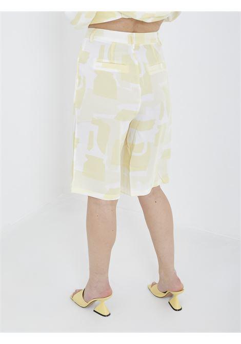 Bermuda GLAMOROUS | Shorts | GS0300GIALLO