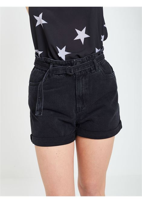 Short VERO MODA | Shorts | 10245223NERO