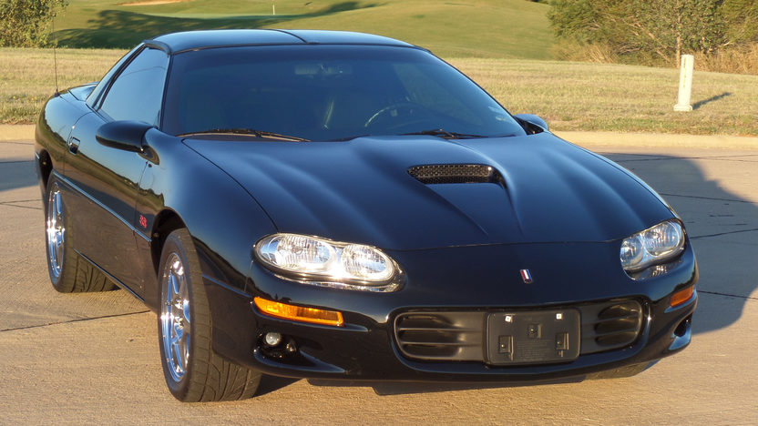 2000 chevrolet camaro ss ls1 6 speed mecum auctions. Black Bedroom Furniture Sets. Home Design Ideas