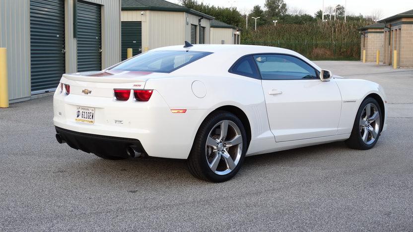 2010 chevrolet camaro ss 6 2 426 hp 6 speed mecum auctions. Black Bedroom Furniture Sets. Home Design Ideas