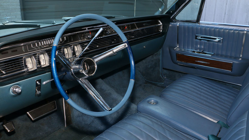 1965 lincoln continental convertible 430 ci rare bucket seats presented as l. Black Bedroom Furniture Sets. Home Design Ideas