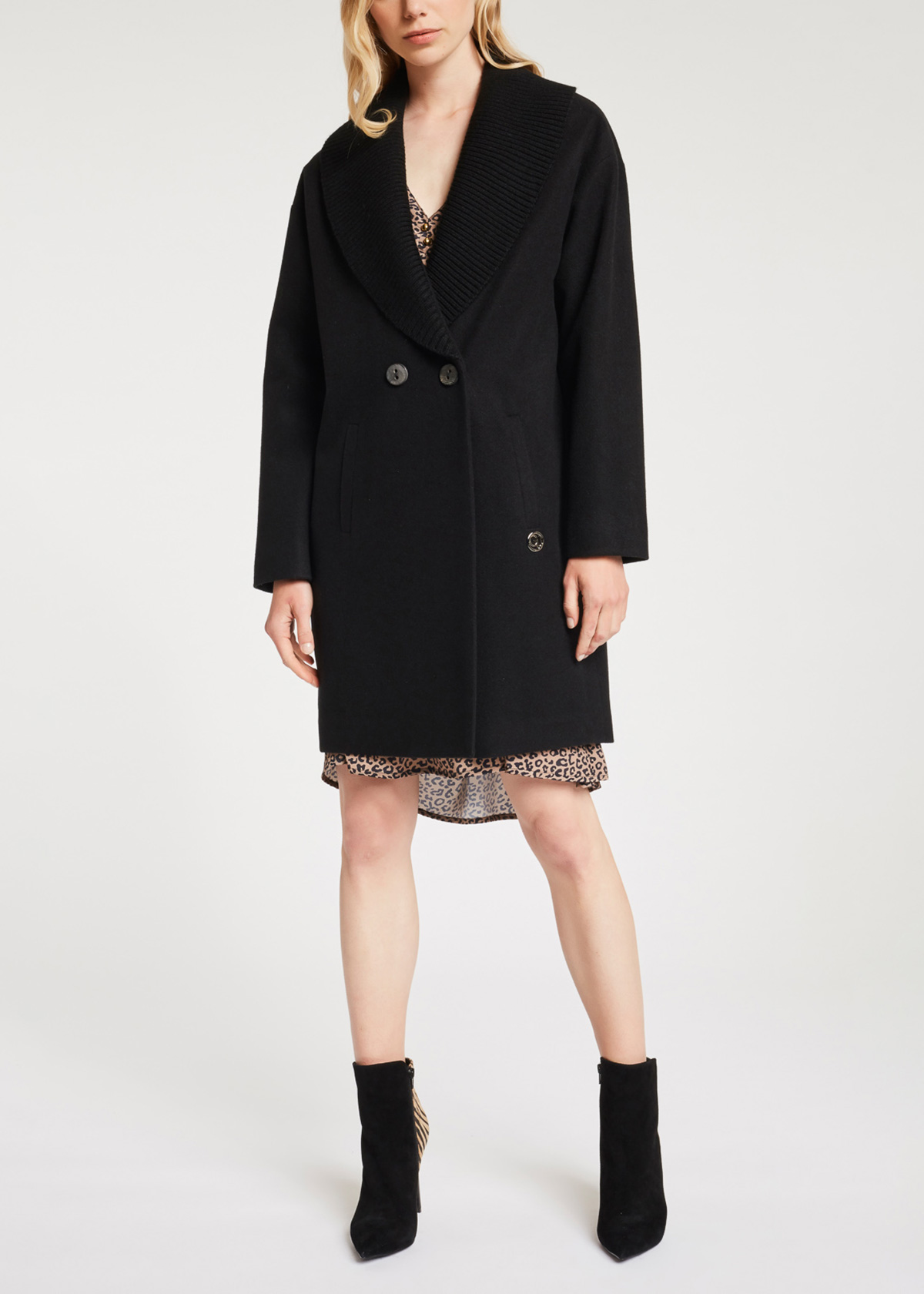 Coat with clean lines GAUDI |  | BD350412001