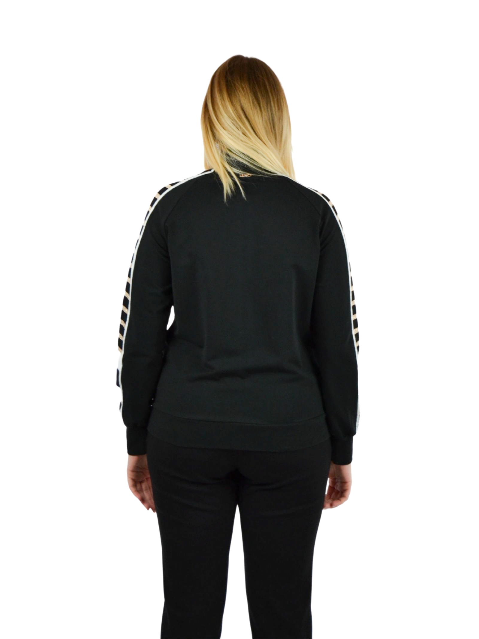 A wool sweater that is buttoned down LIUJO SPORT |  | TF0064F0827D1414