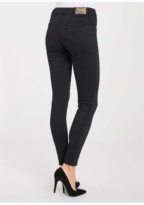 Pantalone 5 tasche 5-pocket trousers GAUDI | Pantaloni | BD250042001