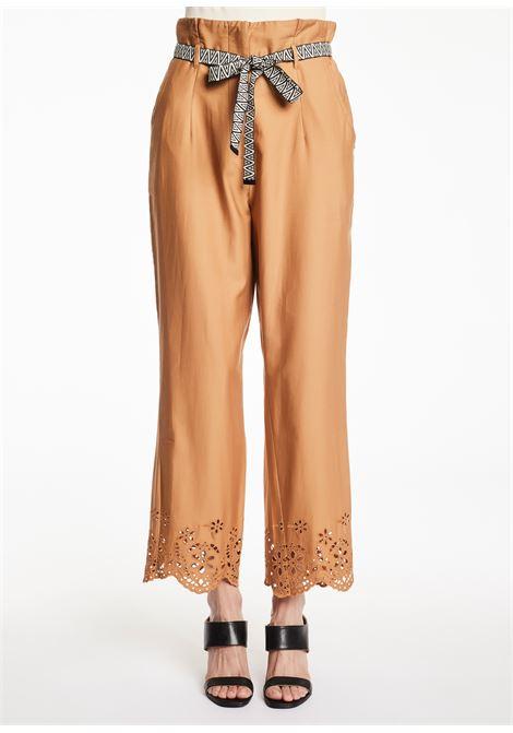 Pantalone largo con disegno in laser GAUDI FASHION | Pantaloni | FD250103361