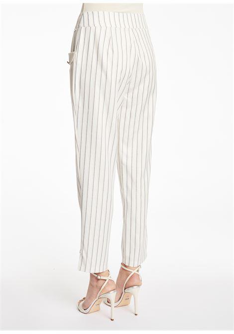 Pantalone gessato modello alla caviglia GAUDI | Pantaloni | BD25004115020-01