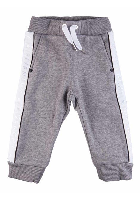 Pantaloni Givenchy Kids GIVENCHY kids | 1672492985 | H04037A47