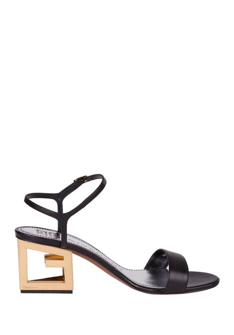 Givenchy sandals Givenchy | 813329827 | BE3029E0A1001