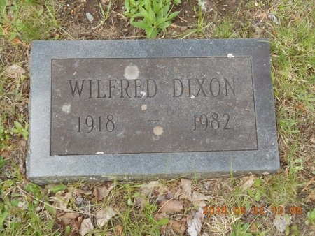 DIXON, WILFRED - Marquette County, Michigan | WILFRED DIXON - Michigan Gravestone Photos