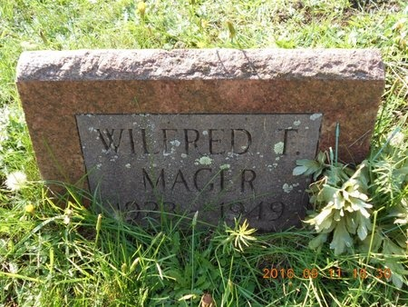 MAGER, WILFRED T. - Marquette County, Michigan   WILFRED T. MAGER - Michigan Gravestone Photos