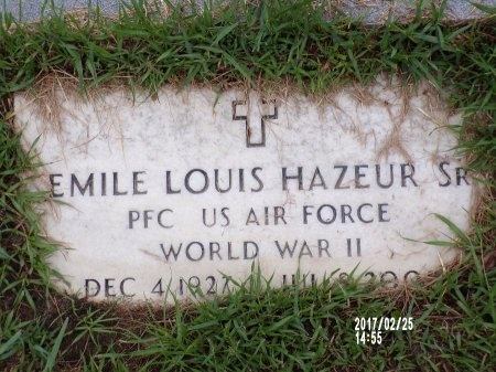 HAZEUR (VETERAN WWII), EMILE LOUIS., SR (NEW) - Hancock County, Mississippi   EMILE LOUIS., SR (NEW) HAZEUR (VETERAN WWII) - Mississippi Gravestone Photos