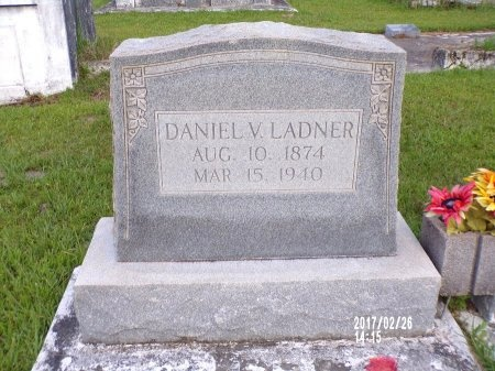 LADNER, DANIEL VICTOR - Hancock County, Mississippi | DANIEL VICTOR LADNER - Mississippi Gravestone Photos