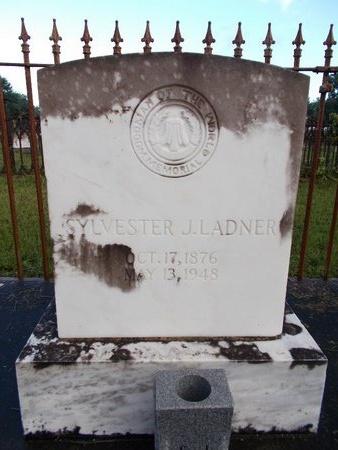 LADNER, SYLVESTER J - Hancock County, Mississippi | SYLVESTER J LADNER - Mississippi Gravestone Photos
