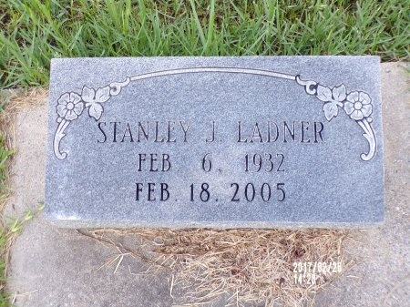 LADNER, STANLEY J - Hancock County, Mississippi | STANLEY J LADNER - Mississippi Gravestone Photos