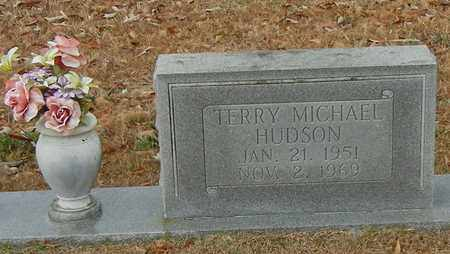 HUDSON (CLOSE UP), TERRY MICHAEL - Marion County, Mississippi | TERRY MICHAEL HUDSON (CLOSE UP) - Mississippi Gravestone Photos
