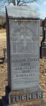 TUCKER, RICHARD HENRY VETERAN CW - Barry County, Missouri | RICHARD HENRY VETERAN CW TUCKER - Missouri Gravestone Photos