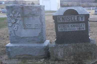 KNISELEY, VERGIE - Pike County, Missouri | VERGIE KNISELEY - Missouri Gravestone Photos