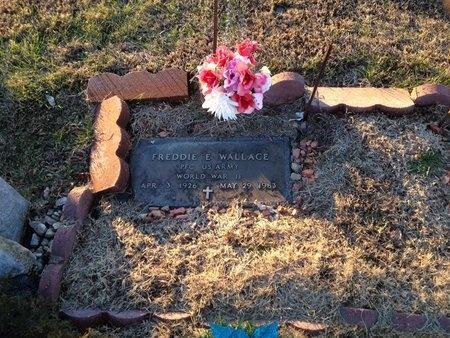 WALLACE (VETERAN WWII), FREDDIE E (NEW) - Pike County, Missouri | FREDDIE E (NEW) WALLACE (VETERAN WWII) - Missouri Gravestone Photos