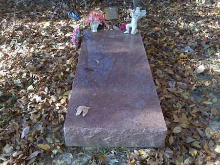 ROSS/SHUMPERT, UNKNOWN - Scott County, Missouri | UNKNOWN ROSS/SHUMPERT - Missouri Gravestone Photos