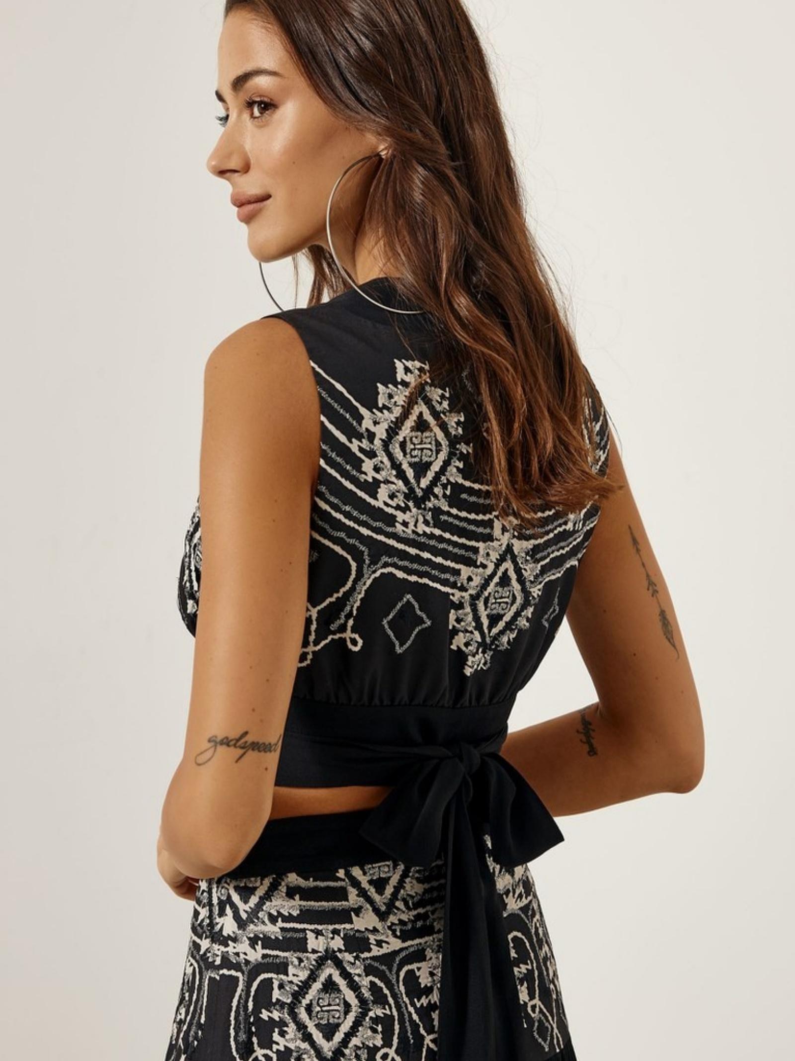 Blusa smanicata ACC ESS Fashion | Blusa | 2052-307BLACK