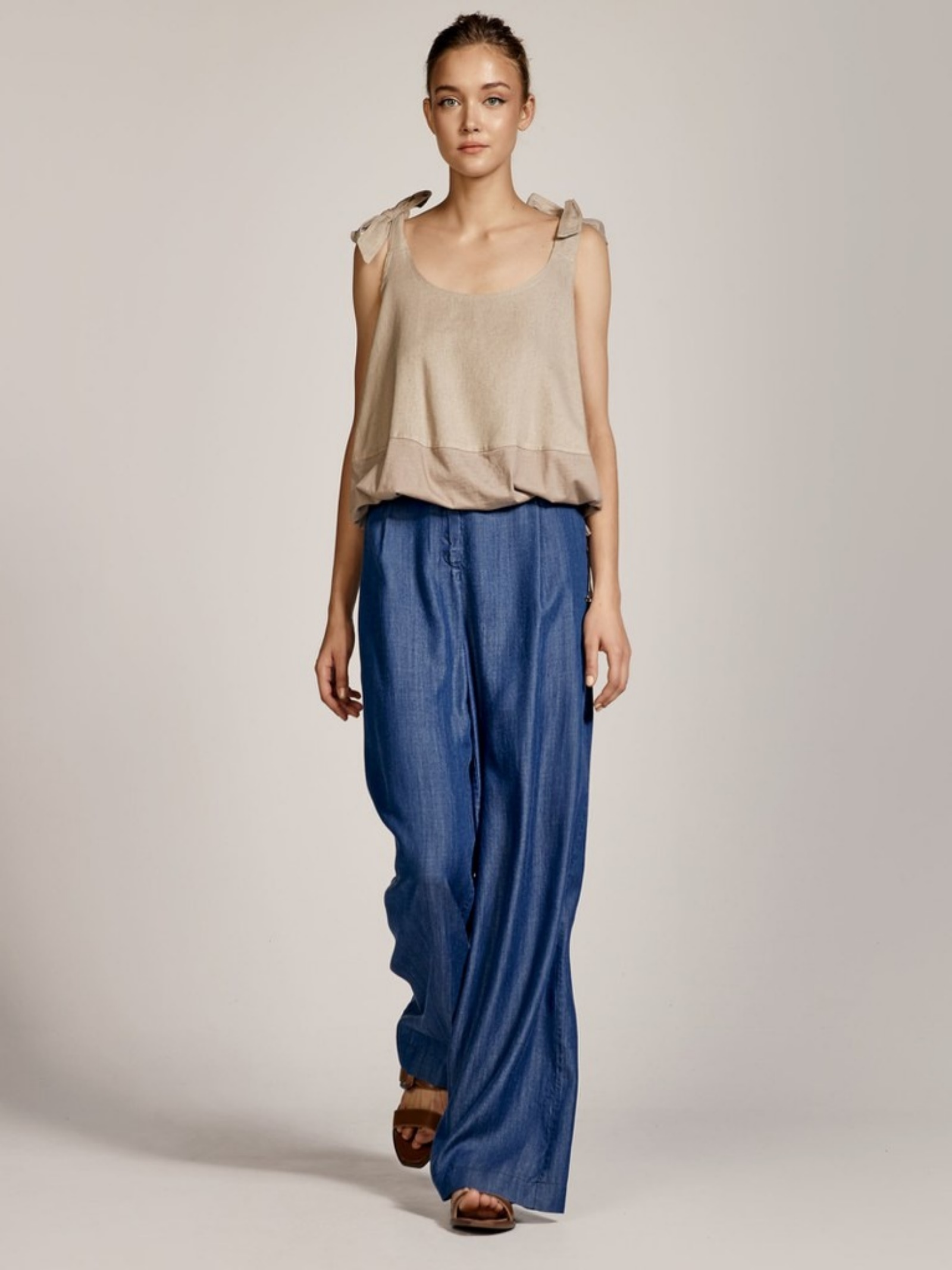 Blusa a maniche corte ACC ESS Fashion   Blusa   2137-569BEIGE