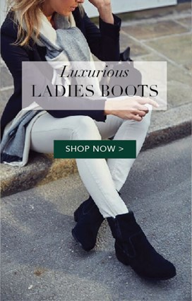 LADIES SHEEPSKIN BOOTS