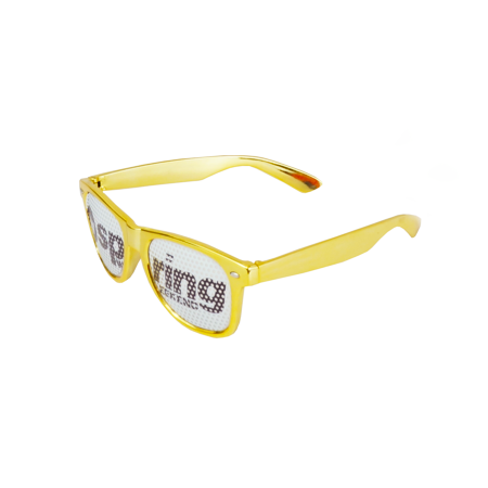 Spring-weekend-pos-sunglasses_450